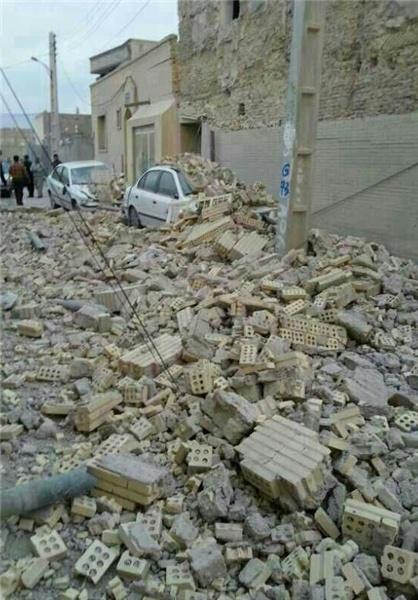 تخریب منازل مسکونی در زلزله 5.5 ریشتری بستک استان هرمزگان