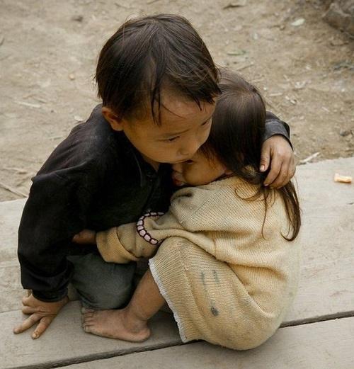 خواهر برادر نپالی