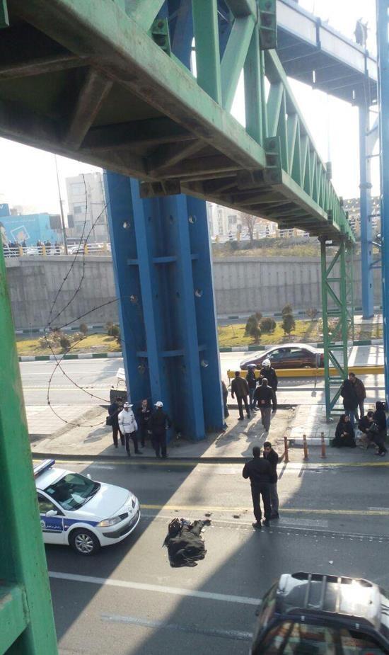 خودکشی دختر جوان در میدان رسالت