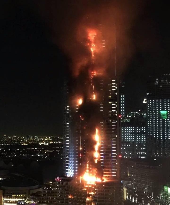 15 12 31 2335371491632 1084904558220686 6407559721485228377 n - آتش در هتل آدرس دوبی/ عکس