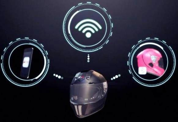 پیشرفته ترین کلاه ایمنی هوشمند در جهان