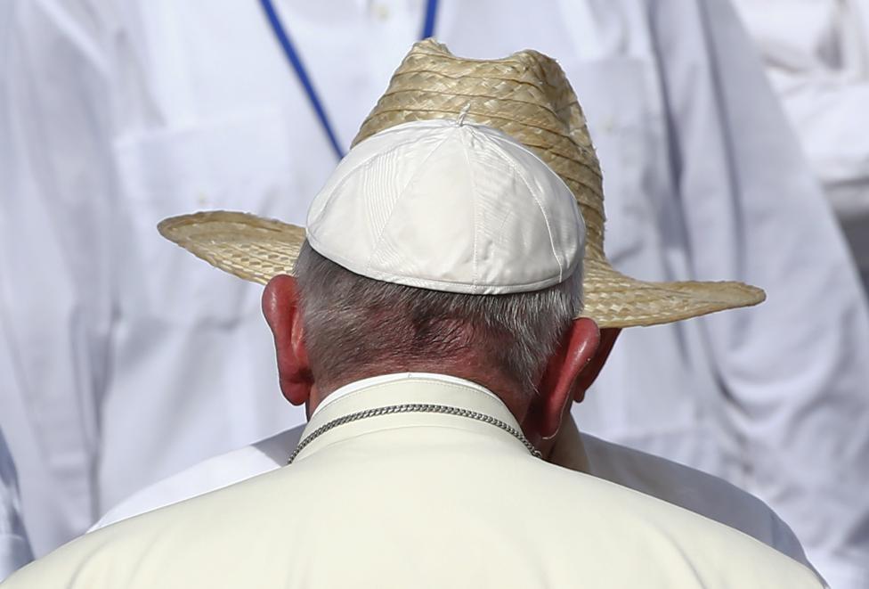 پاپ فرانسیس اول,رائول کاسترو