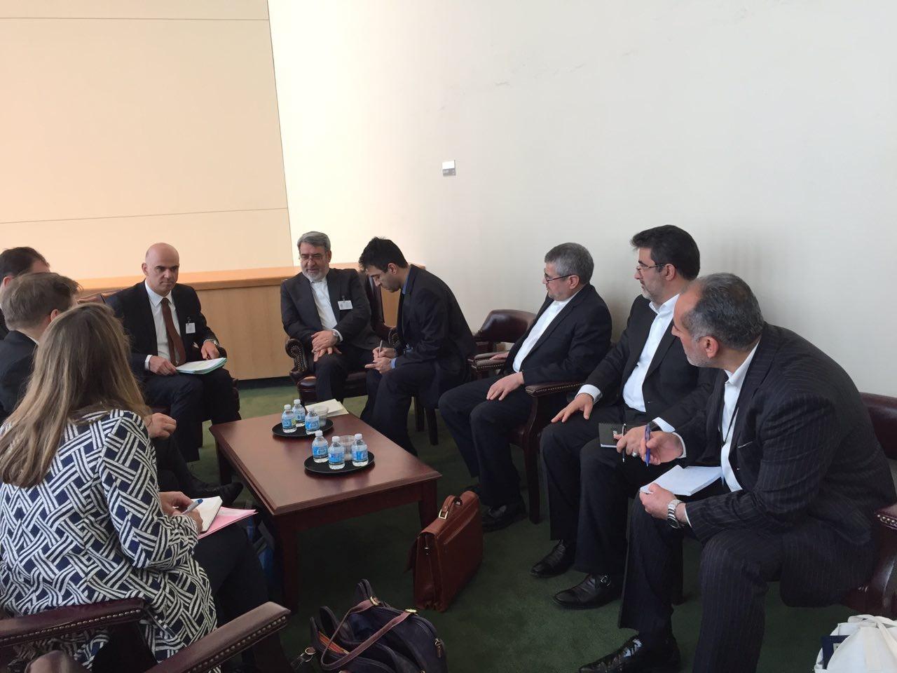 دیدارهای رحمانی فضلی در نیویورک با وزیر کشور سوئیس و معاون نخست وزیر چین درباره مواد مخدر