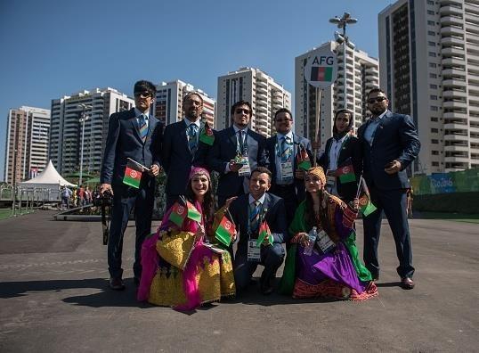 16 8 2 112241 - عکس | لباس دختر افغان سوژه عکاسان المپیک