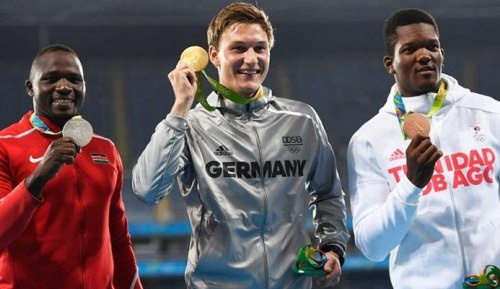 پردهبرداری از داستان عجیب قهرمان المپیک / نقرهای که از اینترنت بهدست آمد!