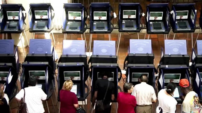 کشف حفره در سیستم رأیگیری الکترونیکی آمریکا / آیا انتخابات ریاستجمهوری دستی برگزار میشود؟