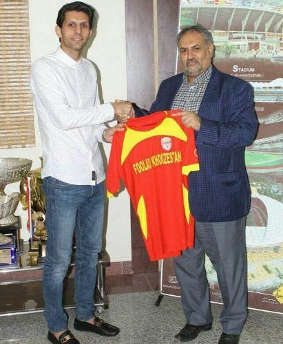 تصویر کاپیتان استقلالی که به قرمزهای خوزستان پیوست