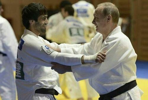 تصویری از جدال رئیس جمهور روسیه با قهرمان کاراته المپیک