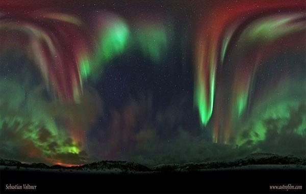 تصویر زیبا شفق قطبی در نروژ