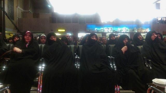 عکس | همنشینی همسران دو رییس جمهور با دختر امام