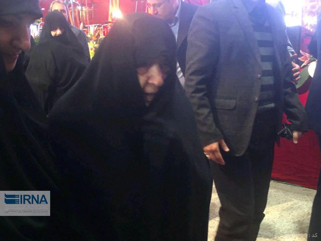عکس   حضور همسر آیتالله هاشمی در مراسم سالروز ورود امام/ تجلیل از همسر آیتالله