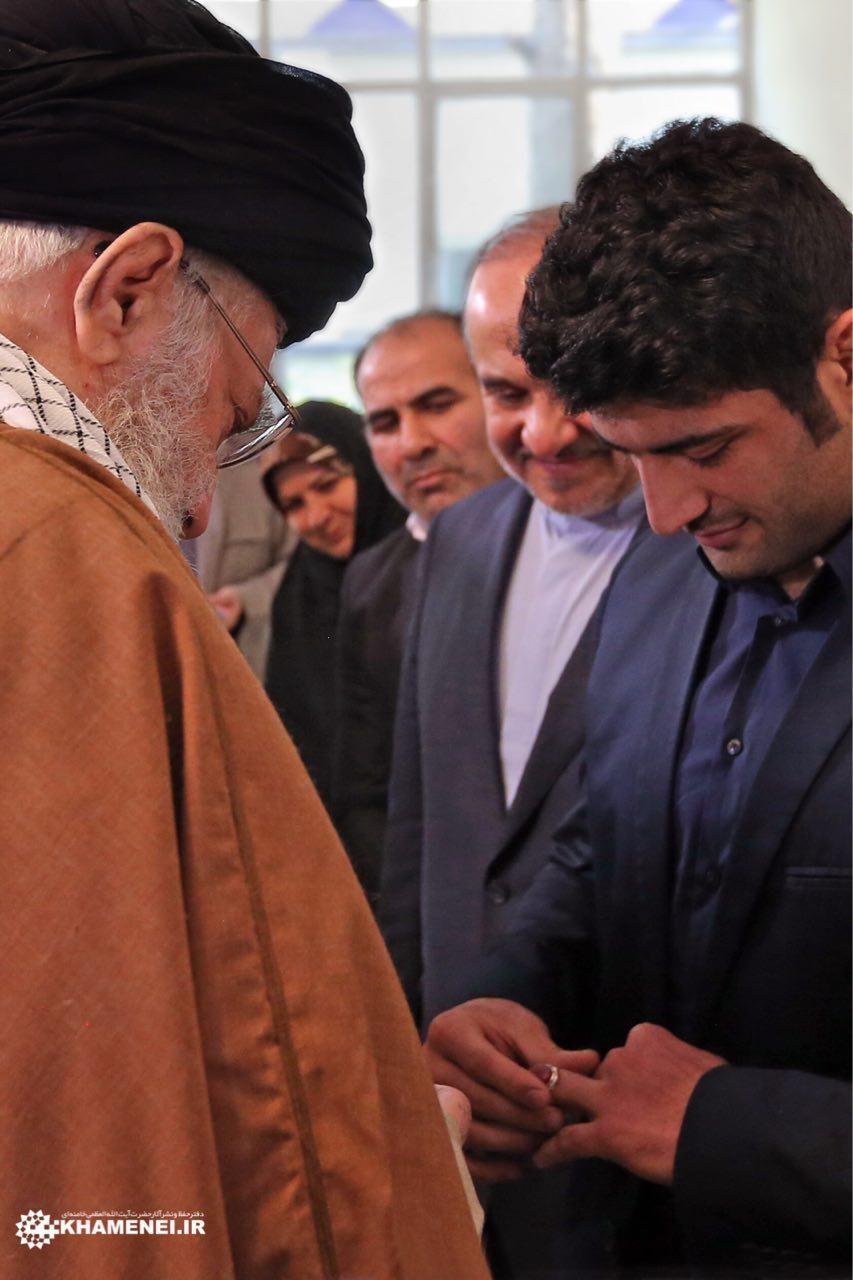 آیتالله خامنهای رهبر معظم انقلاب، کشتی آزاد