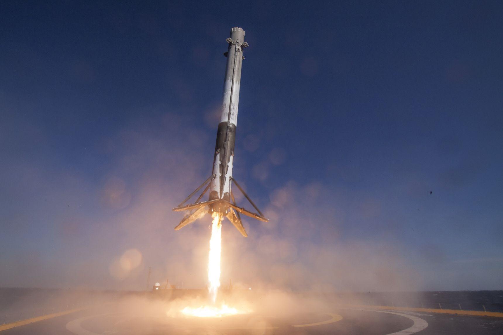 پرتاب بیسابقه اسپیس ایکس در تاریخ فضا/استفاده مجدد از موشک پرتاب شده
