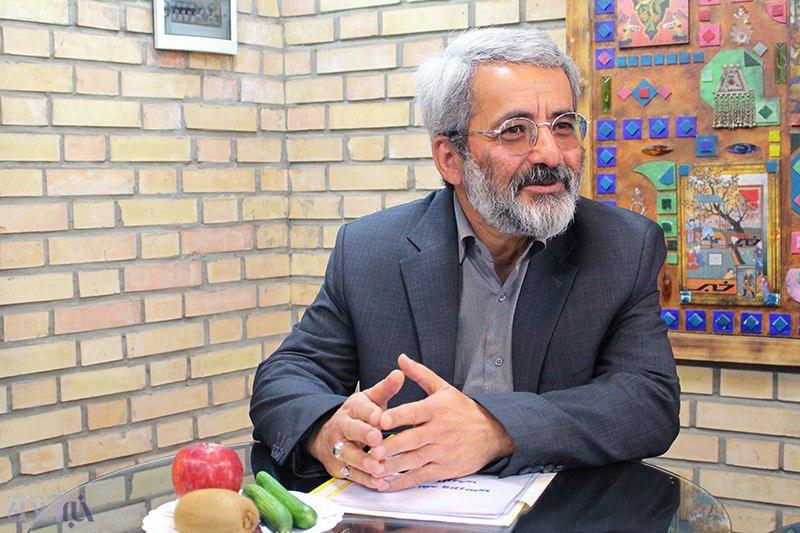 اشاعه تفکر جنگ آمریکا با ایران تلاش سیاسی احزاب اصلاح طلب برای کرنش ایران در برابر غرب است             ,