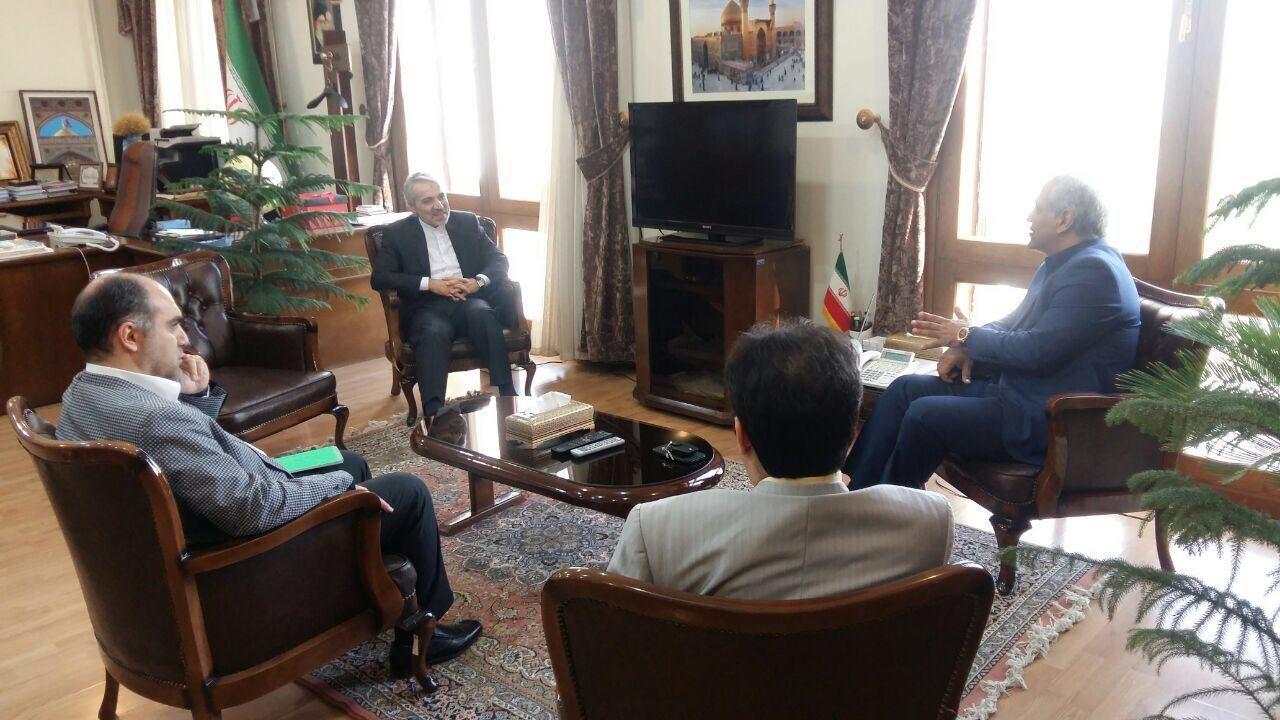 دیدار مهران مدیری با معاون رئیس جمهور