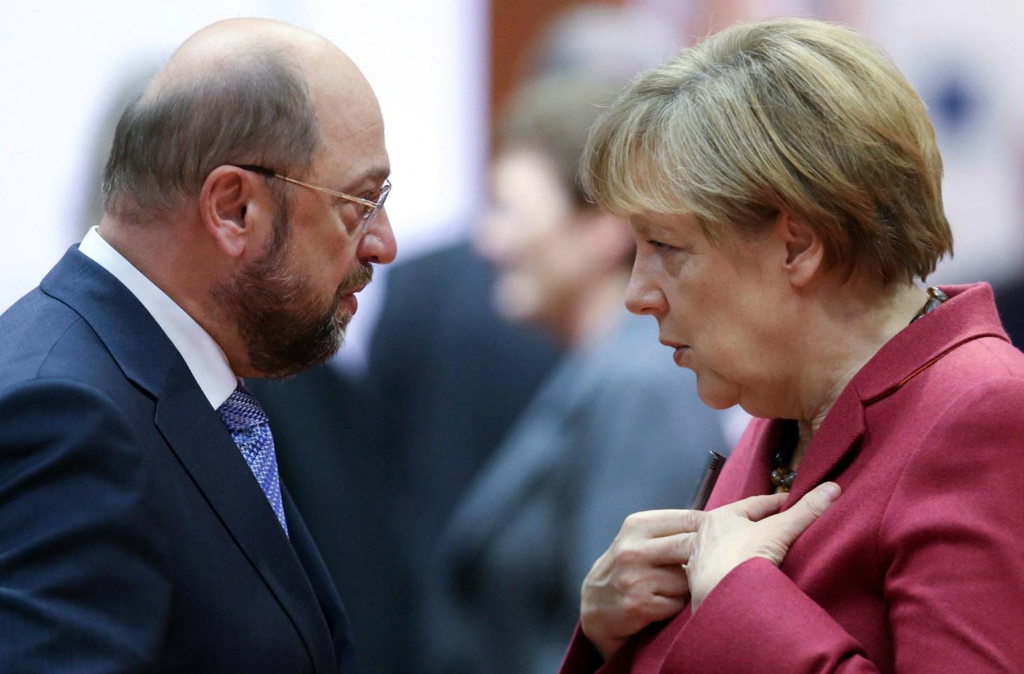 خودرو و محیط زیست؛ محور جنجالی رقابت مرکل و رقیبش در انتخابات آلمان/ مرکل:هنوز به دیزلی ها نیازداریم