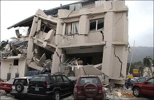 واکنش معاون پژوهشگاه بینالمللی زلزلهشناسی: نه زلزله 10 ریشتری داریم و نه در خاورمیانه می آید