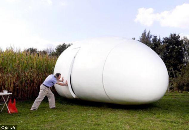 آیا علاقمندید داخل این تخم مرغ زندگی کنید؟