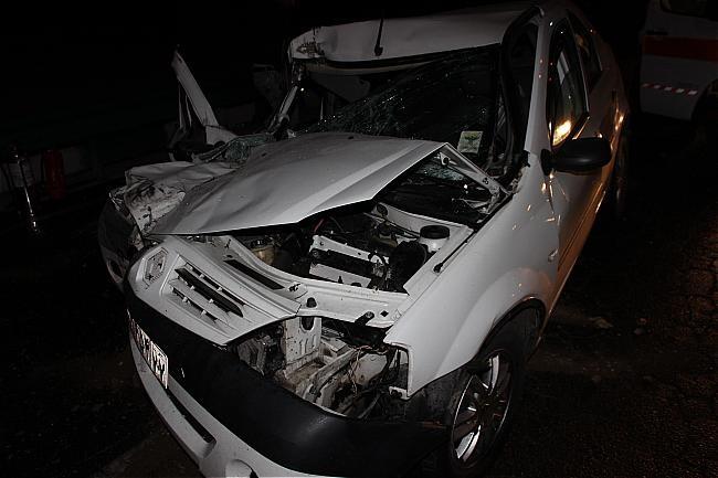 ال 90 در تصادف کامیونت له شد، ۵ نفر مصدوم شدند