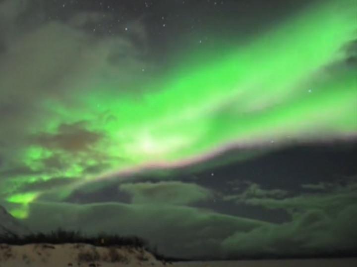زیباترین رقص نور طبیعی جهان