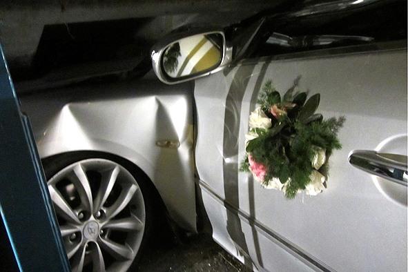 عکس ماشین علی دایی هنگام تصادف