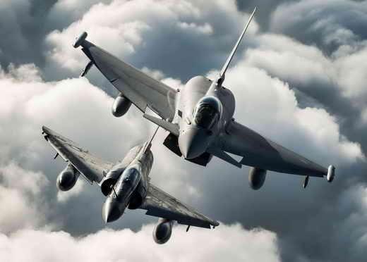 عکسی کمنظیر از پرواز جنگنده های یوروفایتر تایفون و میراژ 2000