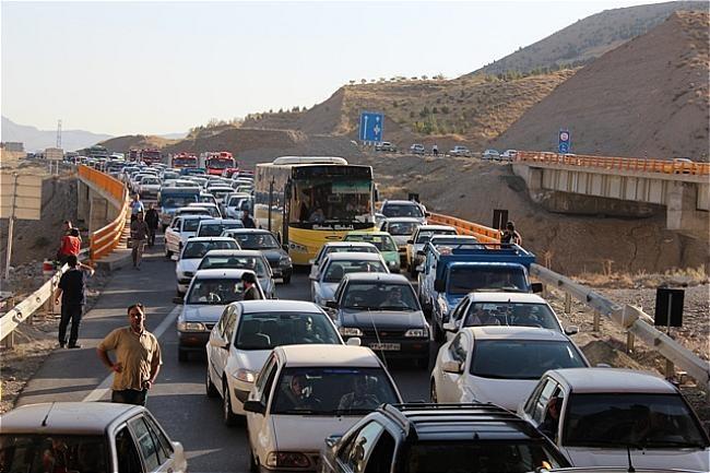 محدودیت های ترافیکی جاده ای کشور در تعطیلات آخر هفته/محدودیت در مسیر های پر ازدحام تهران