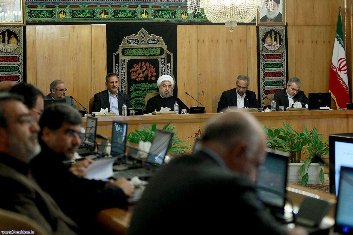 روحانی: گزینه تهدید و باروت روی میز مذاکره تأثیر ندارد/ مذاکرات برای یک دوره ۶ ماهه است
