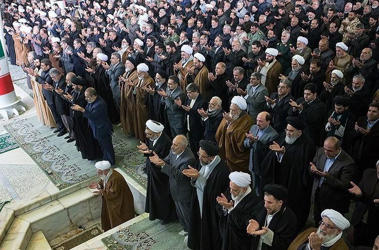 این هفته کدام چهره های سیاسی به نماز جمعه رفتند؟