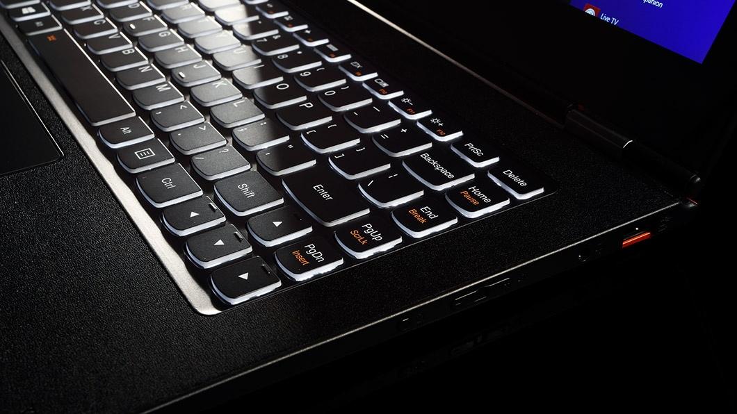 """یوگا 2 پرو"" لنوو؛ هم لپ تاپ، هم تبلت با ویندوز 8.1 زیر 1000 دلار"