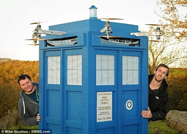 """تاردیس، جعبه پرواز دکتر """"هو"""" شکست و نابود شد"""