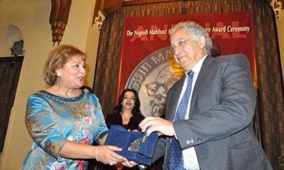 رمانی علیه بشار اسد مدال ادبی 2013 را گرفت
