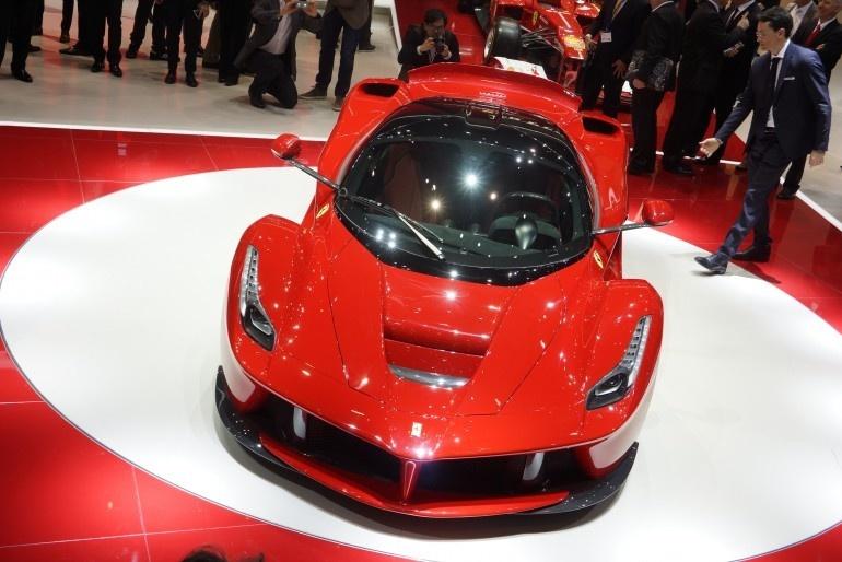 برترین خودروها و کانسپتهای سال 2013