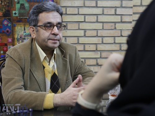 مردی که اسطوره استعمار را شکست / ترجمه رمان جدید بارگاس یوسا در گفت و گو با کاوه میرعباسی