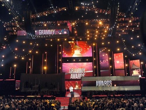 اعلام نامزدهای جوایز گرمی / جی زی پیشتاز است
