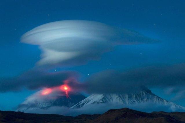 تصاویری از ابرهایی شبیه بشقاب پرنده/UFO