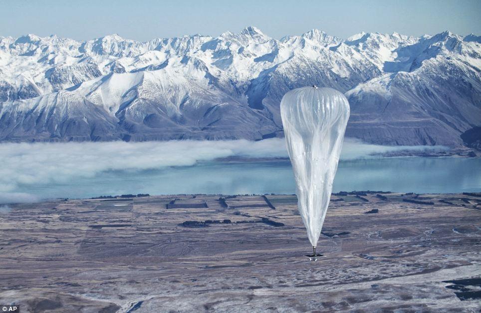 """تصاویری از آزمایش """"اینترنت بالنی"""" گوگل در نیوزیلند"""