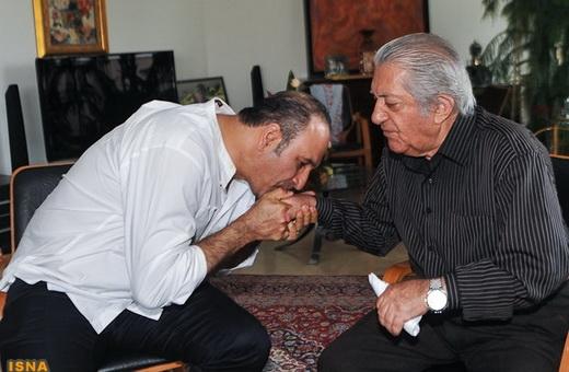 ناگفتههای عزتالله انتظامی و توصیهاش به حمید فرخنژاد بوسه بر ...