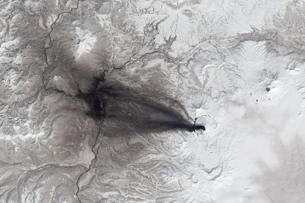 بهترین تصاویر فضایی هفته: از ابرهای نامرئی تا آسمان شکرک زده