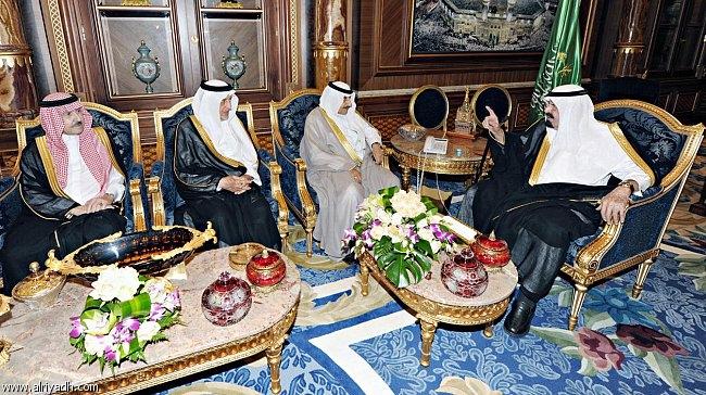 روزنامه فرانسوی لزاِکو: عربستان در وحشتِ کامل شدن هلال شیعی است