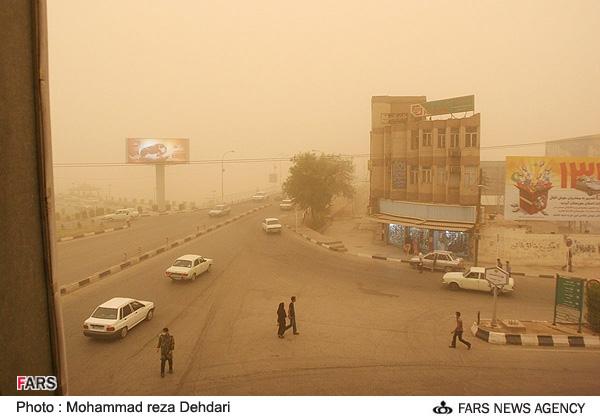 گرد و خاک تا سه روز آینده هست/ سایه ریزگردها بر خلیج فارس