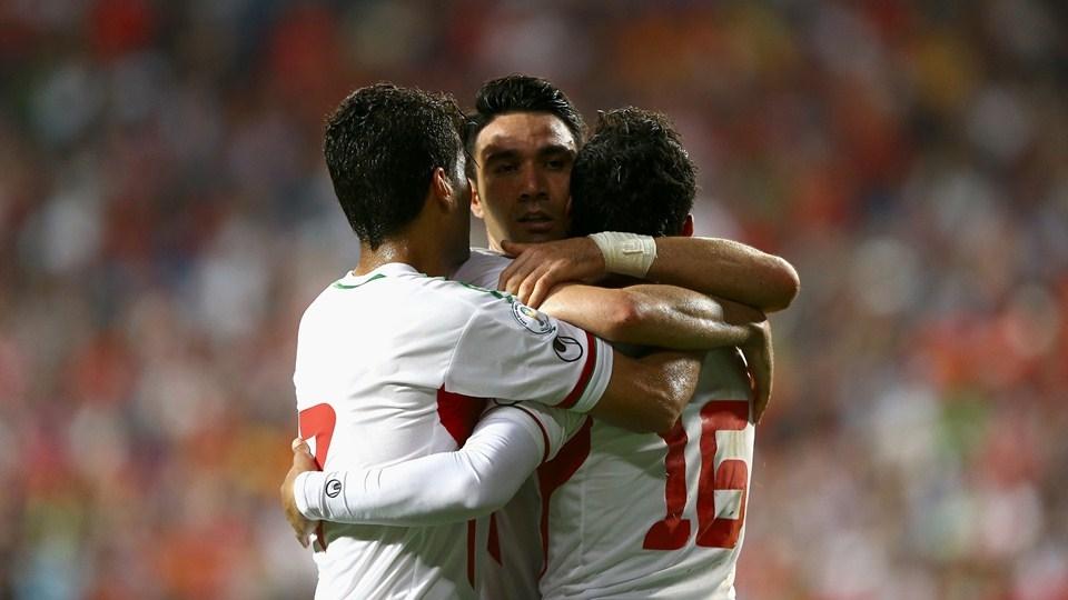 لحظه صعود ایران به جام جهانی ۲۰۱۴ / واکنش کروش به مربیان و بازیکنان کره
