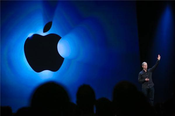 در کنفرانس اپل چه چیزهایی معرفی شد: iOS7/iTunes Radio/Mac OS X 10.9 Maverickss/Mac pro