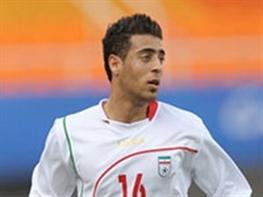 آرش افشین برای مذاکره با سپاهان به اصفهان رفت