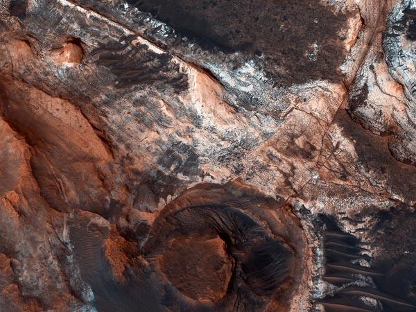 بهترین تصاویر فضایی هفته: از سیل باستانی مریخ تا آسمانهای دود زده کانادا و آمریکا