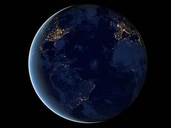 چشمانداز زمین از فاصله 700 تا 6,000,000,000 کیلومتری