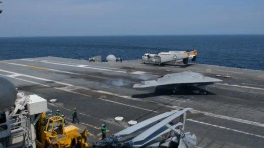 نسل جدید ناوهای هواپیمابر، مجهز به توپ لیزری و لشکر پهپادها