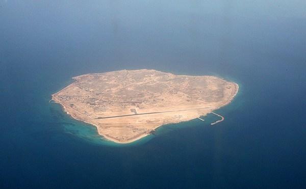 سپاه پاسداران، یک کشتی خارجی را در آبهای ابوموسی توقیف کرد