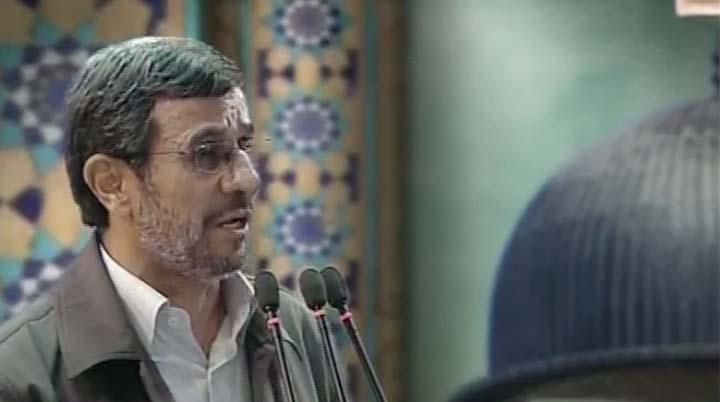 دفاع مجدد رئیس جمهور از شعار نفی هولوکاست/خداحافظی مردم با احمدینژاد