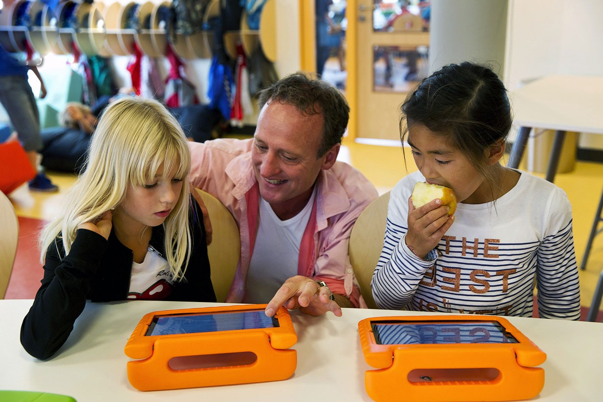 """""""مدارس استیو جابز"""" در هلند مبتنی بر آی پد"""